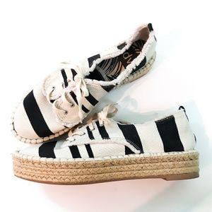 DV Burlap Espadrille Shoe